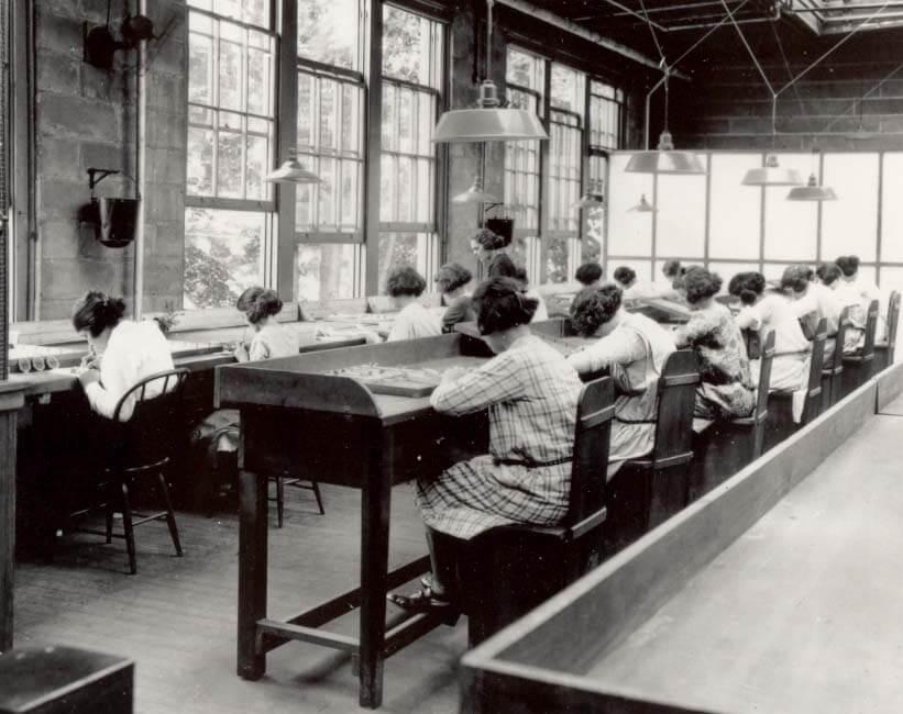 """Radium Girls"" at work in a United States Radium Corporation factory, 1922"